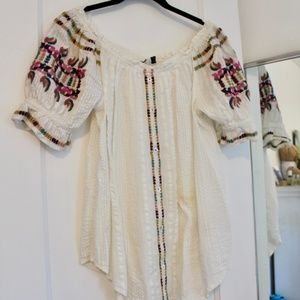Akemi + Kin by Anthropologie Peasant Blouse